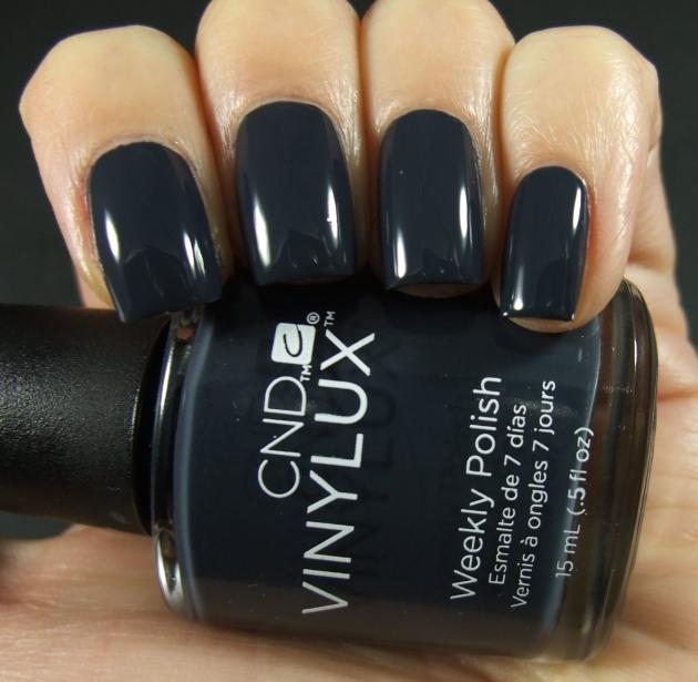 CND Vinylux - Indigo Frock 01