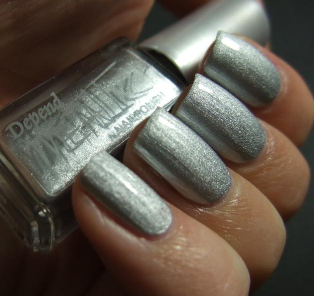 Depend Metallic - 4040 Sonic Silver topplack 02