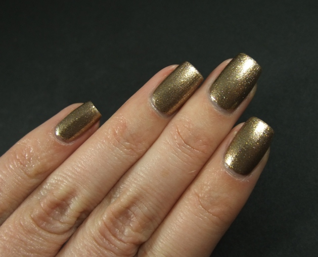 IsaDora - Vintage Gold 19