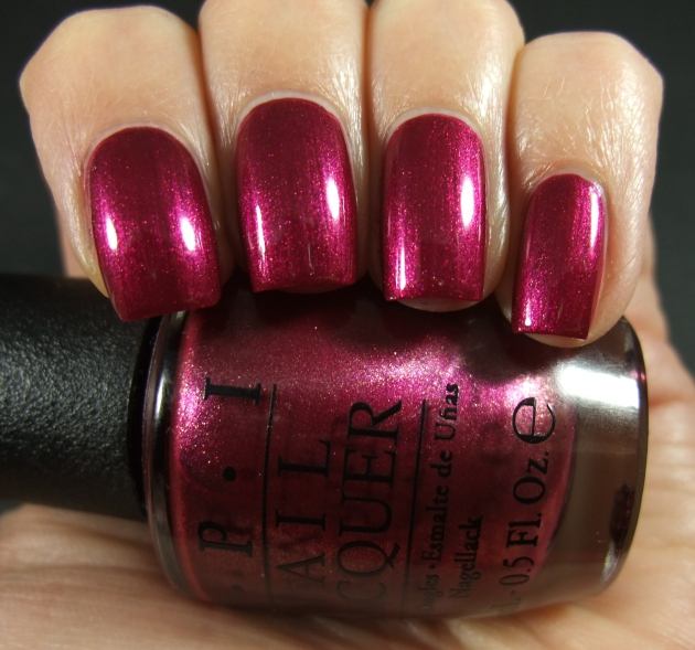 OPI - Cute LIttle Vixen 12