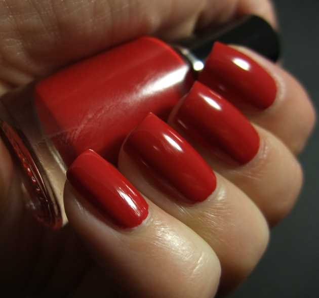 qp nailpolish - Red Gawn 06