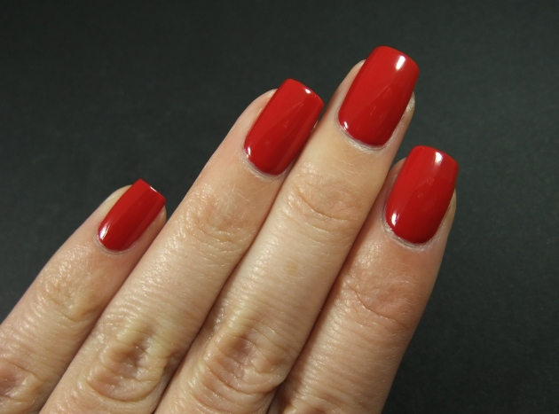 qp nailpolish - Red Gawn 09