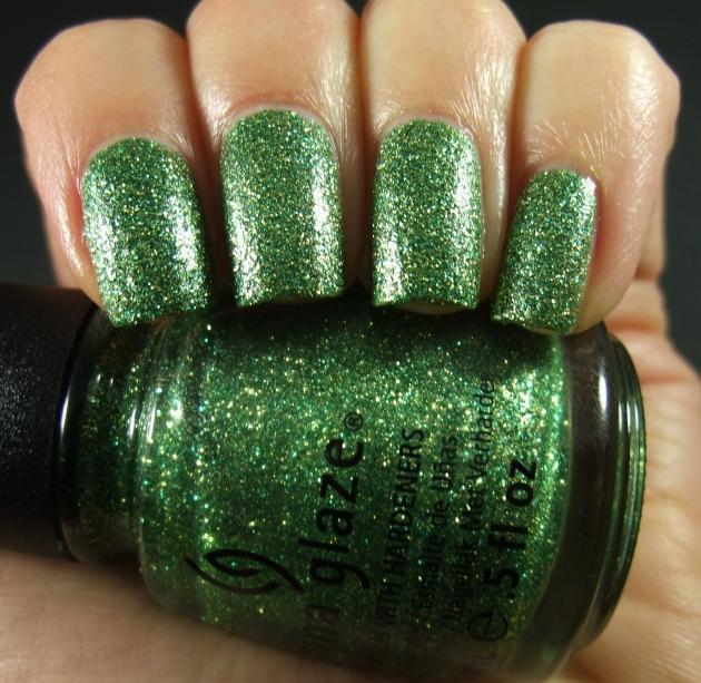 China Glaze - This Is Tree-Mendous 01