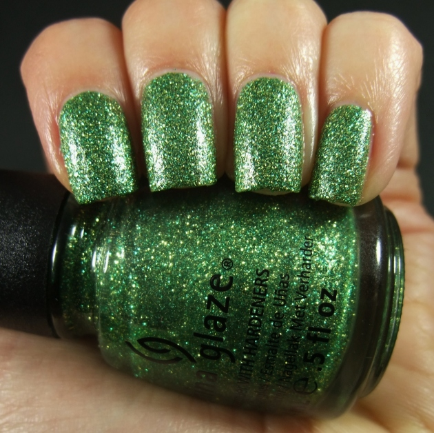 China Glaze - This Is Tree-Mendous 02