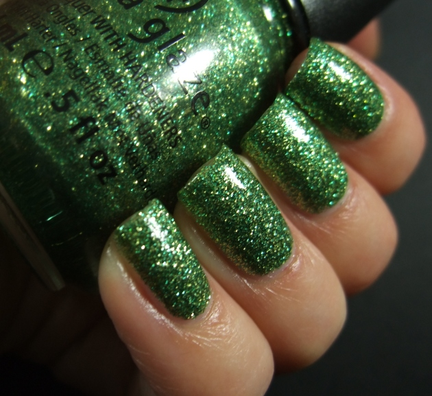 China Glaze - This Is Tree-Mendous w tp 06