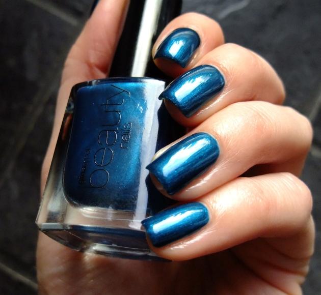 Gina Tricot - Brilliant Blue 04