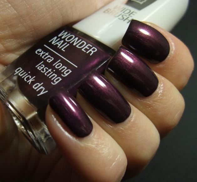 IsaDora - Purple Prune 02