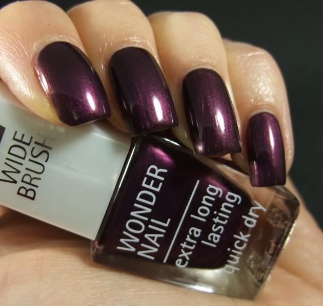 IsaDora - Purple Prune 03