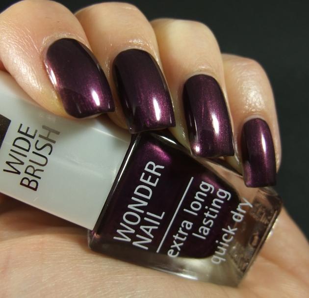 IsaDora - Purple Prune 04