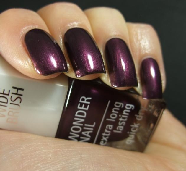 IsaDora - Purple Prune 05