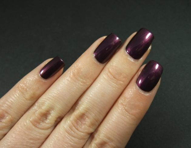 IsaDora - Purple Prune 06
