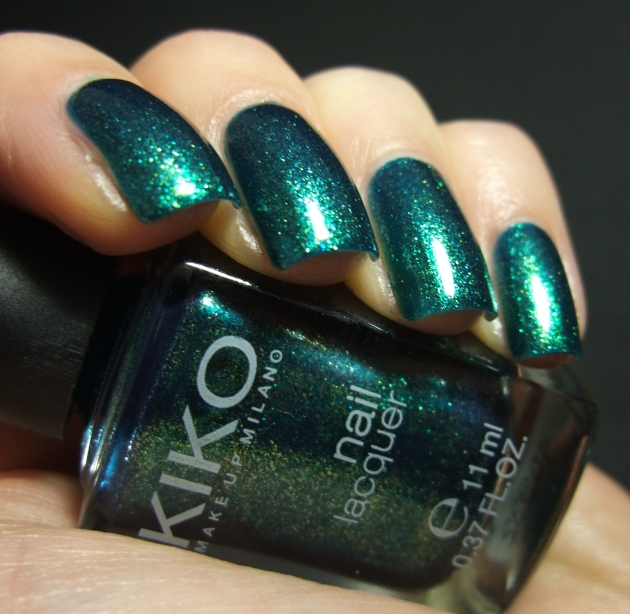 KIKO - 532 Pearly Amazon Green 09