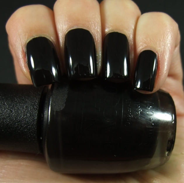 OPI - WHO ARE YOU CALLING BOSSY 01
