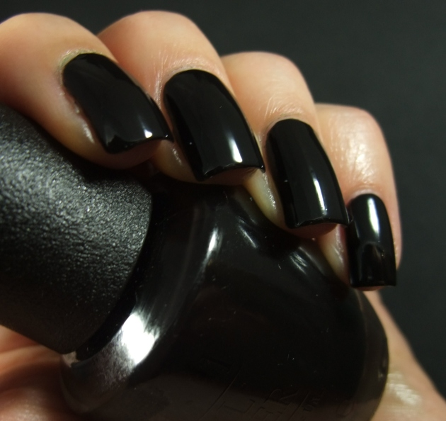 OPI - WHO ARE YOU CALLING BOSSY 09