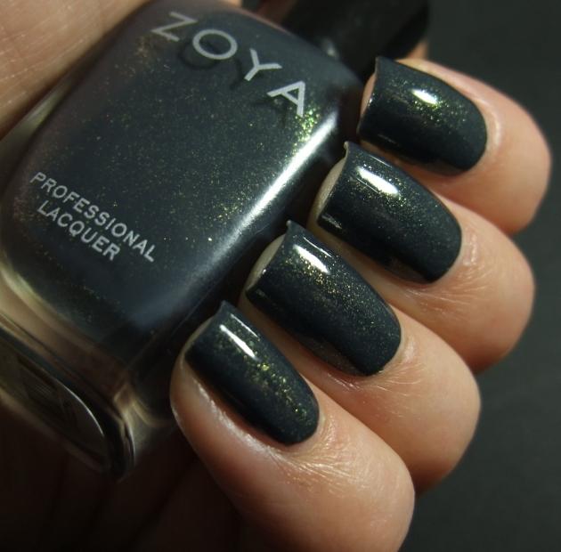 Zoya - Yuna 03