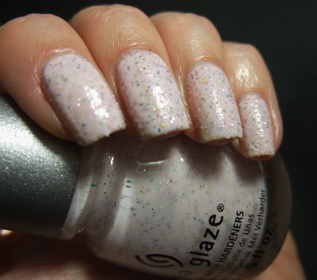 China Glaze - Sand Dolla Make You Holla 04