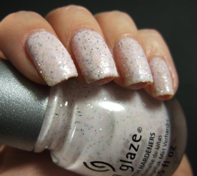 China Glaze - Sand Dolla Make You Holla 06