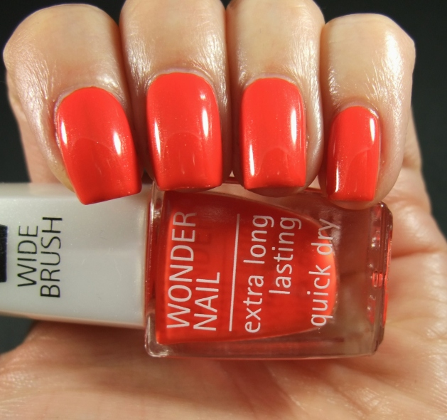 IsaDora - Orange Flash 02