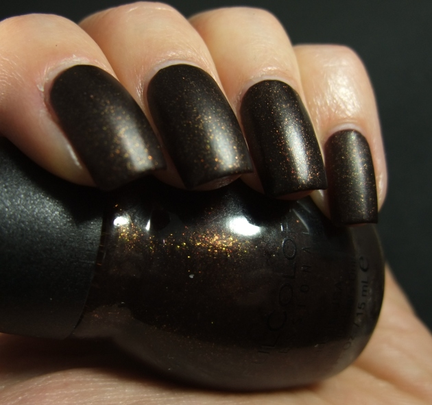 Sinful Colors - Leather Loose 08