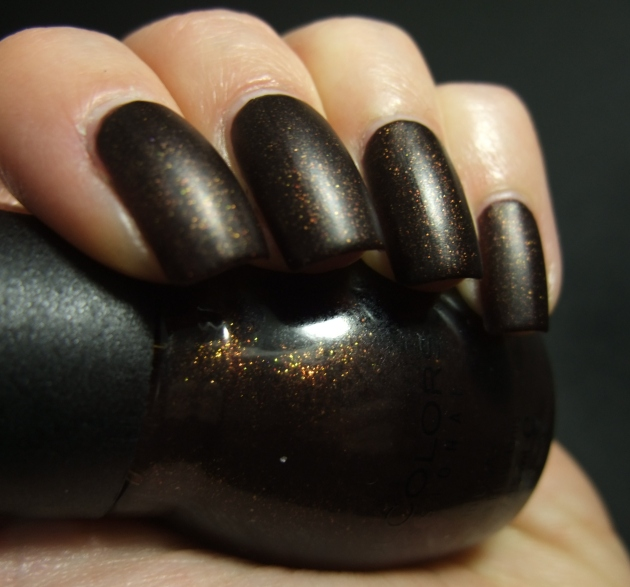 Sinful Colors - Leather Loose 09