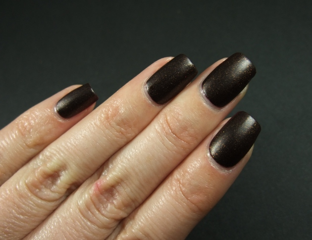 Sinful Colors - Leather Loose 11