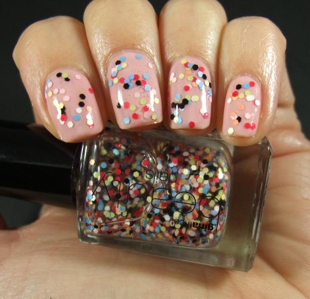 Gina Tricot - Pastel Dots 02