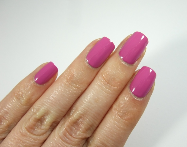 CND Vinylux - 188 Crushed Rose 08