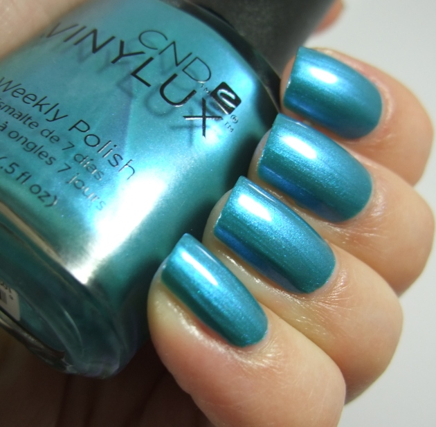 CND Vinylux - 191 Lost Labyrinth 11