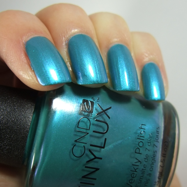 CND Vinylux - 191 Lost Labyrinth 15