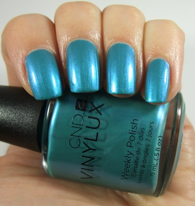 CND Vinylux - 191 Lost Labyrinth17