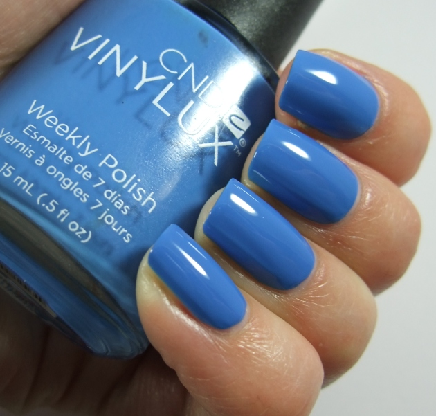 CND Vinylux - 192 Reflecting Pool 05