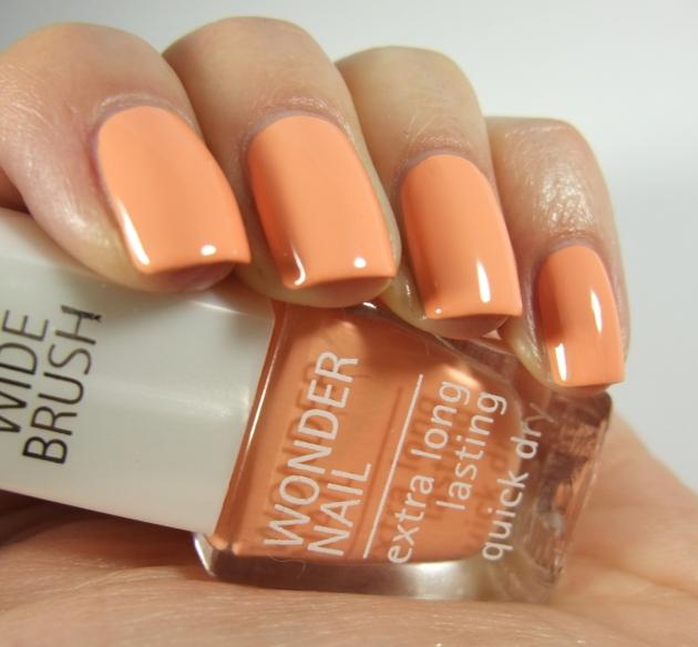 IsaDora - 507 Peach Club 03