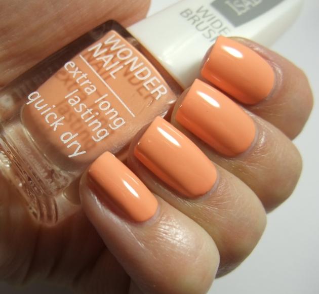 IsaDora - 507 Peach Club 05