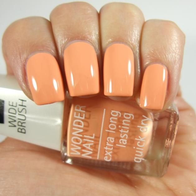 IsaDora - 507 Peach Club 07