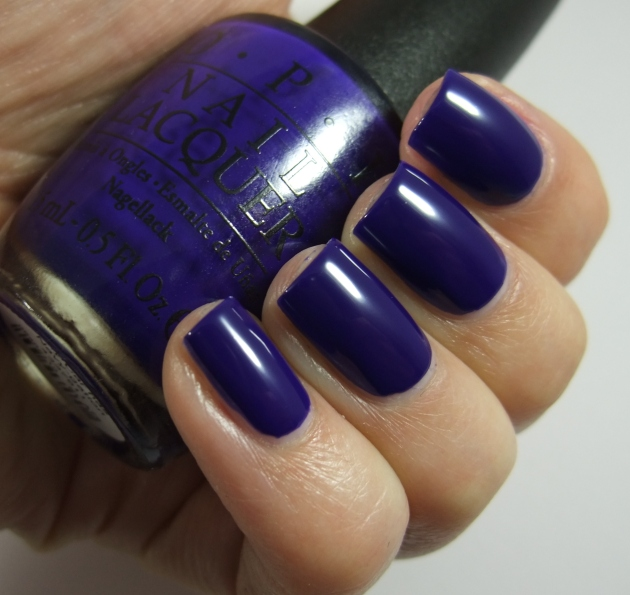 OPI - My Car Has Navy-gatio 07