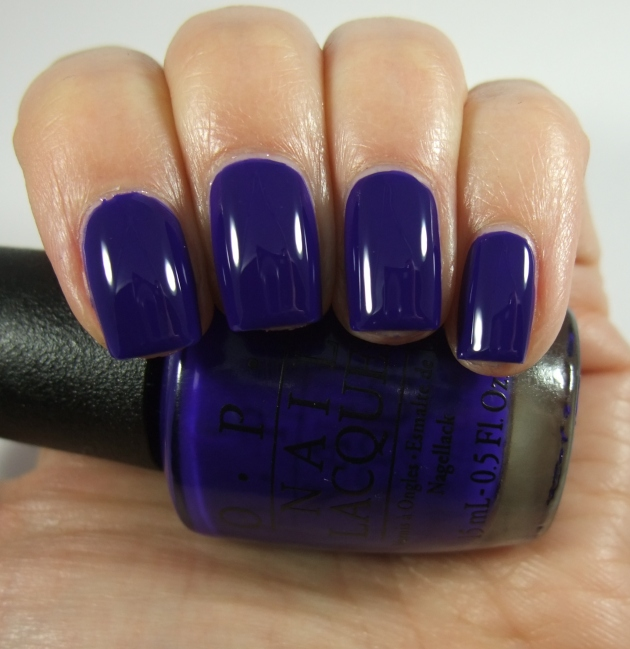 OPI - My Car Has Navy-gatio 16